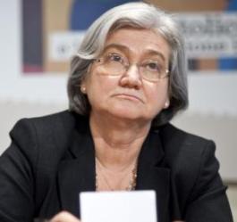ansa - bindi - Il presidente Rosy Bindi, oggi 14 dicembre 2011 nella sede del Pd di Roma durante la presentazione del nuovo numero del mensile on line di cultura politica 'Tamtàmdemocratico'. ANSA/ GUIDO MONTANI