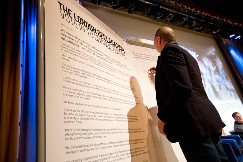 YV signs the London Declaration.jpg